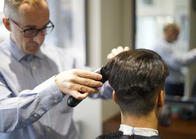 Men's haircuts with Mauro in Central